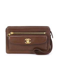 клатч жесткой формы Chanel Vintage