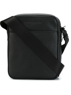 маленькая сумка на плечо  Emporio Armani