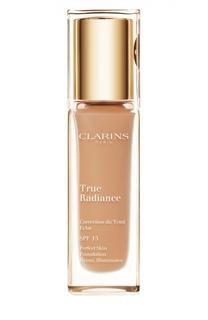 Тональный крем с эффектом сияния True Radiance SPF15, 110 Clarins
