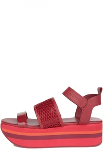 Кожаные босоножки на платформе DKNY