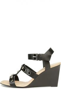 Кожаные босоножки с заклепками Balenciaga
