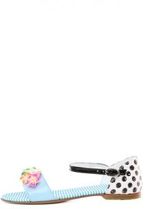 Лаковые босоножки с аппликациями Simonetta
