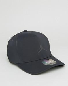 Классическая черная кепка Nike Jordan 801767-010 - Черный