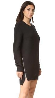 Платье-свитер с округлым вырезом и шевронами