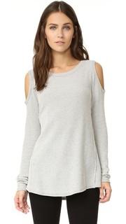 Двухцветная теплая футболка с открытыми плечами Sol Angeles