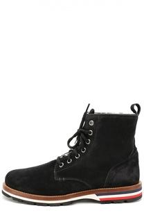 Замшевые ботинки на подошве с цветными вставками Moncler