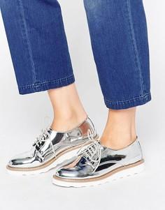 Туфли на плоской подошве со шнуровкой Kurt Geiger Gecko - Серебряный