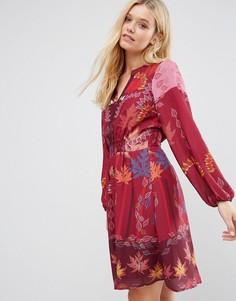 Красное платье с принтом Lavand - Красный