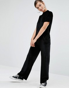 Свободный бархатный комбинезон в минималистском стиле Daisy Street - Черный