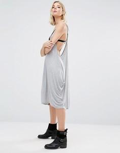Платье с драпированными боками NYTT Jancy - Серый