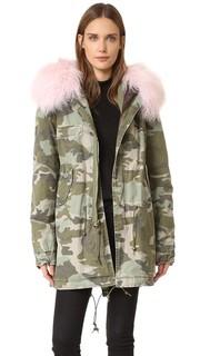 Пальто с камуфляжным рисунком и меховой отделкой Mr & Mrs Italy