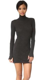 Платье с воротником под горло и манжетами Enza Costa