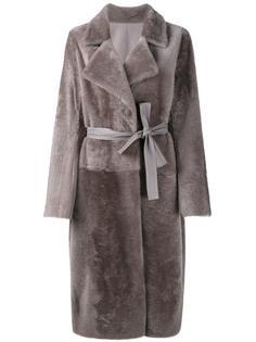 пальто из овчины с поясом Yves Salomon