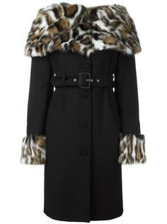 пальто с воротником из искусственного меха Moschino