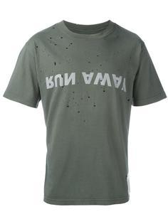футболка 'Run Away'  Satisfy