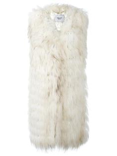 меховое пальто без рукавов  Blugirl
