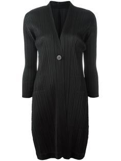 плиссированное пальто с V-образным вырезом Pleats Please By Issey Miyake