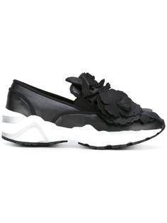 flower embellished slip-on sneakers Suecomma Bonnie