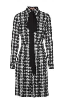 Шелковое приталенное платье с контрастным воротником аскот Michael Kors