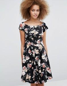 Чайное платье с цветочным принтом Pussycat London - Черный