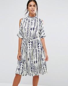 Платье с этническим принтом и завязкой спереди Closet - Мульти
