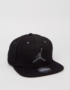 Черная кепка Nike Jordan 12 811461-010 - Черный