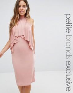 Облегающее платье миди с высокой горловиной и оборкой спереди John Zack Petite - Розовый
