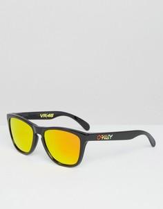 Солнцезащитные очки в квадратной оправе с желтыми линзами Oakley - Черный