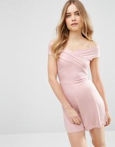Ромпер со спущенными плечами и запахом ASOS - Розовый