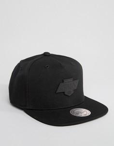 Бейсболка Mitchell & Ness Demand 2.0 LA Kings - Черный