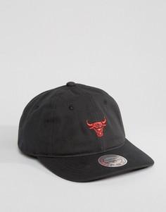Кепка регулируемого размера Mitchell & Ness Chukker Chicago Bulls - Черный