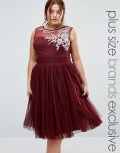 Короткое приталенное платье с вышивкой Little Mistress Plus - Красный