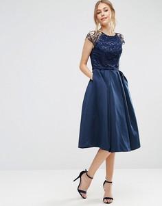 Платье с короткими кружевными рукавами и пышной юбкой Chi Chi London - Темно-синий