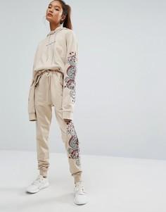 Свободные спортивные штаны с вышивкой Criminal Damage - Бежевый