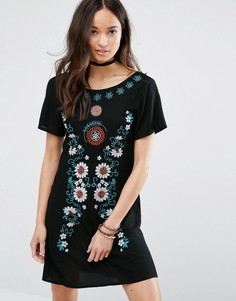 Платье с вышивкой Girls On Film - Черный