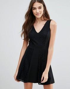 Короткое приталенное платье Wal G - Черный