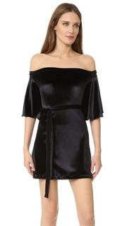 Свободное платье с открытыми плечами MLM Label