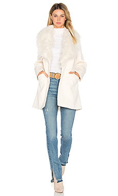 Пальто elixir of love - Unreal Fur