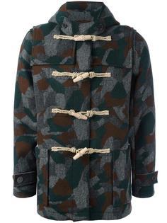камуфляжное пальто Maison Kitsuné