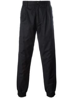 зауженные брюки Maharishi