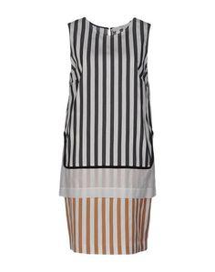 Короткое платье Tela