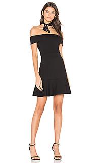 Платье со спущенными плечами - Eight Sixty