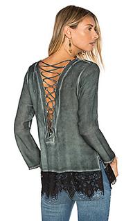 Блуза с кружевной вставкой сзади - YORK street