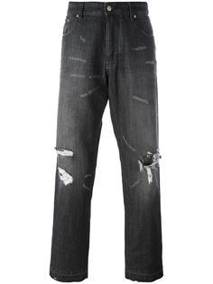 свободные в бедрах джинсы с рваными деталями Ami Alexandre Mattiussi