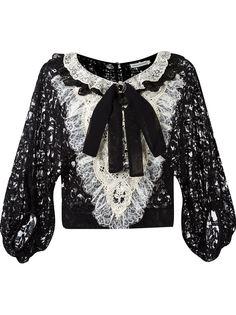 bib lace blouse Martha Medeiros