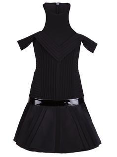 плиссированное платье со спущенными плечами  David Koma