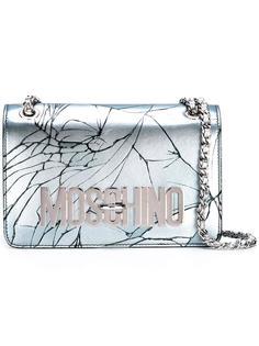 сумка на плечо с эффектом трещин Moschino