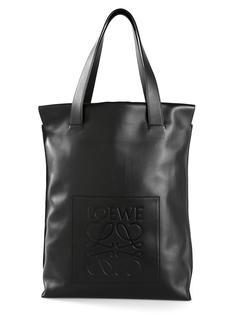 сумка через плечо с тисненым логотипом Loewe