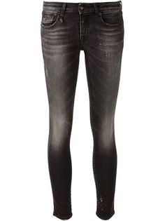 узкие джинсы скинни с потертым эффектом  R13