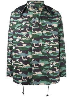камуфляжная куртка Maison Kitsuné